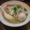 Mennakanaka - 料理写真:煮玉子塩らーめん(690円)のハーフ(640円)