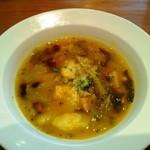 CALLEJERO - ランチのスープ