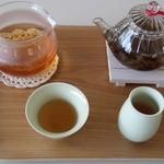 cafe 風香 - 料理写真:天然の香りの中国茶をおたのしみください。