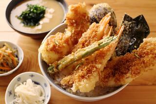 天吉屋 - 天吉丼(1,000円)※味噌汁、漬け物付き