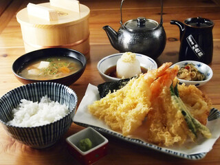 天吉屋 - 天まぶし(天ぷら定食)