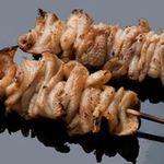 新やるき茶屋 - 鶏皮串(1串)150円(税別)