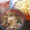 Tebuchiudonkippei - 料理写真:肉ねぎ汁うどん(並盛) 750円 じっくり炒めた長ネギの仄かな甘みと絶品三元豚バラ肉の旨み!