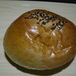 本格石窯パン工房 麦の香り - ふっくらあんぱん。