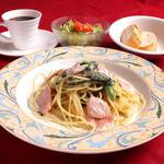 きあんてぃ - 料理写真:ランチセット(選べる生パスタ・サラダ・パン・ドリンク)生パスタは週替わり3種&季節で替わる8種よりお好きな品を選べます。ランチはライス・パンお替り自由!!