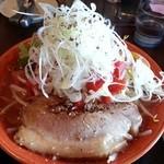 味噌屋八玄 - トマトらぁ麺(麺大盛り:無料、モヤシ:会員無料)