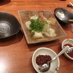 わらいや - 韓国風水餃子ムルマンドゥ720円。ちゅるるん、つるりと熱々です。ポン酢かコチジャンで頂きます。