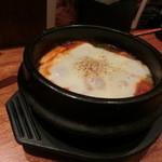 わらいや - たっぷり野菜のチーズチゲ780円。熱々で温まります。