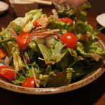 はち丸 - 野菜サラダ480円