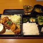 TAMAMIYA - 伝説のからあげ弁当(¥500)。表面カラリ、甘辛醤油の味付けが絶妙!