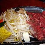 さくら - 陶板焼(野菜等拡大)