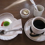 ポモドーロ - クーポンでソフトドリンクorアイスクリーム付に 2013.11.24撮影