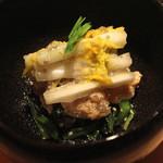 22802774 - 昆布〆の鯛 助惣鱈の卵(鱈子?)和え (2013/11)