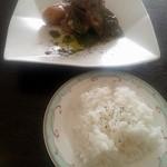 洋食工房コルク - 料理写真:鶏もも肉の香草焼き1