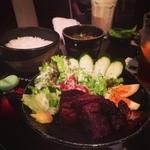 アニマアニムス - 紅蝉セット(1,500円) -ご飯+スープ+生びいるor酎ハイorソフト液体(500円迄)-