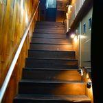 WOOOM - お店への階段