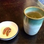 御野立庵 - カリカリ梅とお茶でおもてなし