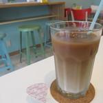 レクト サンド カフェ - アイスカフェオレ