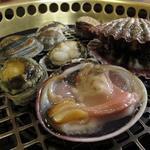 萩の茶屋 - 貝をジュウジュウ