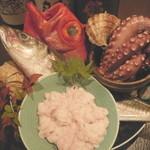 ちえ蔵 - 【新鮮な魚介類と生白子】  明石産のタコに金目鯛など鮮度の良さが分かるはず!