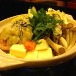 ゆうや - 牡蠣鍋...大きな牡蠣がいっぱい!