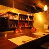 鉄板DINING Shu - 内観写真:落ち着いた店内