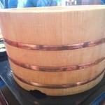 丸亀製麺 - 特の大きな木桶