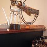 ワイン&イタリアン ヴィティス - 生ハムが、、、豚のアンヨのまま置かれてました。