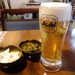 びみ亭 - ビールが200円おつまみはお替りできます。