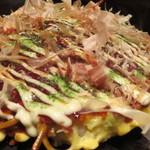 お好み焼 桃谷てんぐ - てんぐ焼き(880円)+モダン焼(130円)