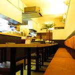 タイ国料理 チャイタレー - 店内