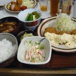 とんかつの美代 - カニコロッケ定食 1,200円