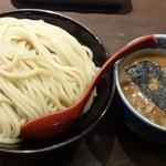 三田製麺所 - つけ麺400g 700円(税込) ※2013年12月