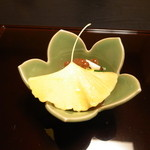 22843612 - 松茸、イクラ、湯葉と京野菜の和え物