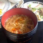 22844076 - 酸辣湯麺
