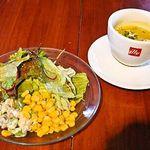 ブレカフェ・ブラッセリィ - サラダとスープ