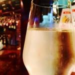 22850243 - バル飯プラン・樽詰めスパークリングワイン飲み放題(飲みやすい辛口