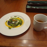 ロイヤルホスト - 11種野菜の自家製テリーヌ、すももウーロン茶