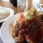 プチスプーン - 料理写真:Aランチ(チキンステーキ)650円