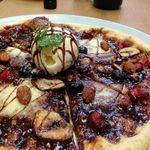 Cafe de Manma - ドルチェピザ