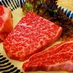 炭火焼肉 慶洲苑 - ステーキ盛り合わせ