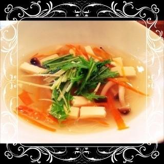 カラダに優しいお野菜スープ☆.。.:*・゚