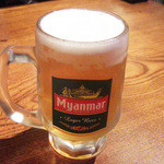 マハー KARAOKE - ミャンマーの生ビール(420円) うま。