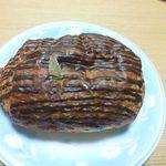 LE BIHAN - パンオショコラ(\220) チョコソースは余分