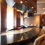 ステーキハウスハマ - 最大15名様利用可能個室(3部屋連結)