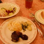 Yoropiandainingubakkasunoheso - 夕食のバイキング