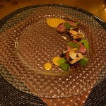 イル テアトリーノ ダ サローネ - 前菜3:仔牛と穴子のキャラメリゼ ウニのサルサ(2013.11)