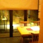 2288561 - テーブル席です。