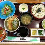 和食レストランとんでん - 昼のおたのしみ膳(1,449円)