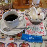 和食レストランとんでん - セットのデザートとコーヒー(315円)